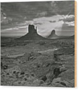 Breaking Light At Monument Valley - Black And White Wood Print