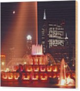 Buckingham Fountain In Chicago 2 Wood Print