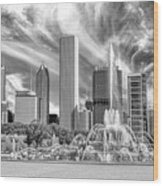 Buckingham Fountain Skyscrapers Black And White Wood Print