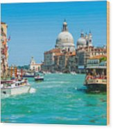 Busy Canal Grande In Venice Wood Print