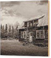 Cabin In Kenai Wood Print