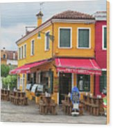 Cafe In Burano Wood Print