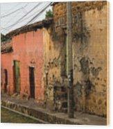 Calle En Suchitoto Wood Print