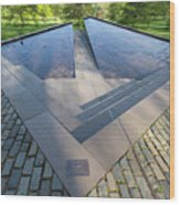 Canadian War Memorial Green Park London Wood Print