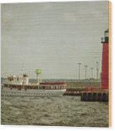 Canim And Milwaukee Pierhead Wood Print