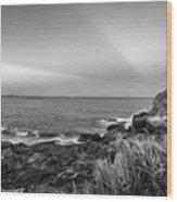 Castle Rock Beach Sunset Sunrays Marblehead Ma Black And White Wood Print