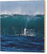 Catching A Big Wave, North Shore, Oahu Wood Print