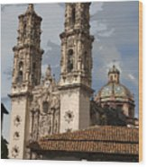 Cathedral In Taxco Mexico Wood Print
