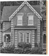 Century Home - Bw Wood Print