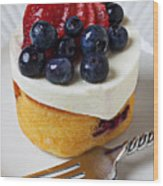 Cheese Cream Cake With Fruit Wood Print