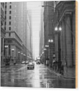 Chicago In The Rain B-w Wood Print