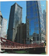 Chicago River - Chicago Boat Tour Wood Print