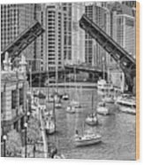 Chicago River Boat Migration In Black And White Wood Print