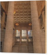 Chicagos Union Station Entry Wood Print