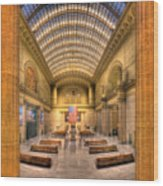 Chicagos Union Station Wood Print