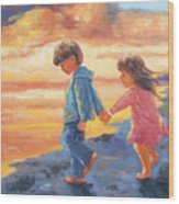 Children At Sunset Wood Print