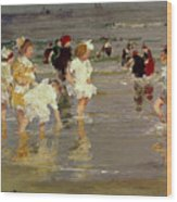 Children On The Beach Wood Print