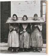 China: Punishment, 1907 Wood Print