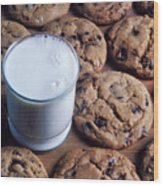 Chocolate Chip Cookies And Glass Of Milk Wood Print