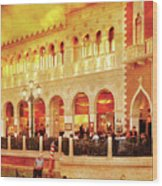 City - Vegas - Venetian - Life At The Palazzo Wood Print