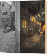 City - Germany - Alley - Coming Home Late 1904 - Side By Side Wood Print