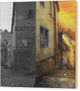 City - Germany - Alley - The Farmers Wife 1904 - Side By Side Wood Print