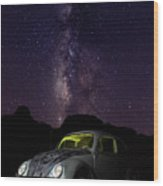 Classic Vw Bug Under The Milky Way Wood Print