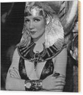 Claudette Colbert In Cleopatra 1934 Wood Print