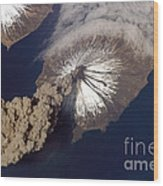 Cleveland Volcano, Iss Image Wood Print