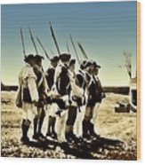 Colonial Soldiers Standing At Attention Wood Print