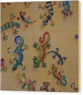 Color Lizards On The Wall Wood Print