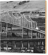 Columbia River Crossing Wood Print