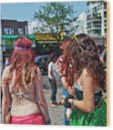 Coney Island Girls Wood Print