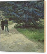 Couple In The Park Wood Print
