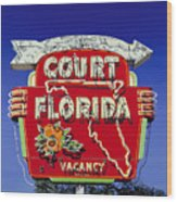 Court Florida Wood Print