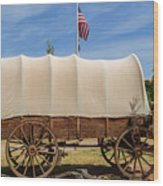 Covered Wagon At Fort Bluff Wood Print