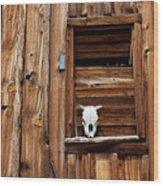 Cow Skull In Wooden Window Wood Print by Garry Gay