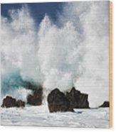 Crashing Waves At Laupahoehoe Point. Wood Print