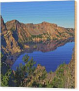 Crater Lake Morning Reflections Wood Print