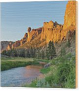 Crooked River And Monkey Face At Smith Rock Wood Print