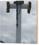 Cross With Flower Wreaths Wood Print