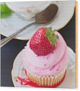 Cupcake With Strawberry Wood Print