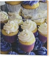 Cuppy Cakes Wood Print