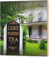 Dine Le Bistro Tea Wood Print