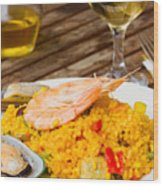 Dining With Paella Wood Print