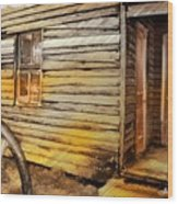 Do-00040 Old House Front Wood Print
