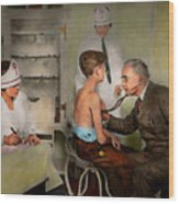 Doctor - At The Pediatricians Office 1925 Wood Print