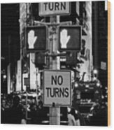 Don't Walk At Times Square Wood Print