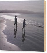 Doran Beach Wood Print
