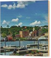 Dubuque Harbor Wood Print